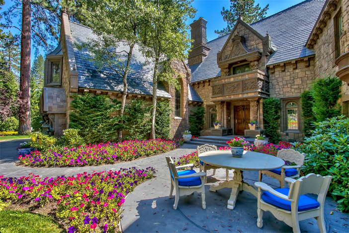 23-9-million-castle-on-lake-tahoe-in-nevada-6