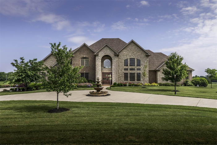 1-8-million-equestrian-country-home-in-nicholasville-kentucky-2