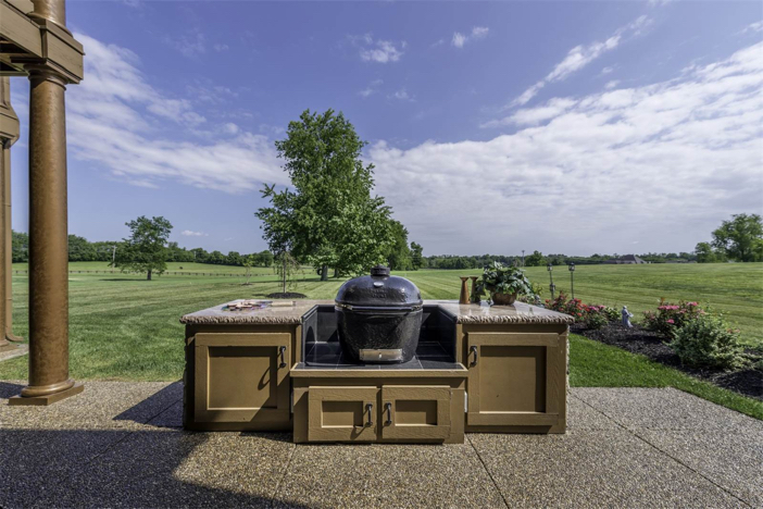 1-8-million-equestrian-country-home-in-nicholasville-kentucky-22
