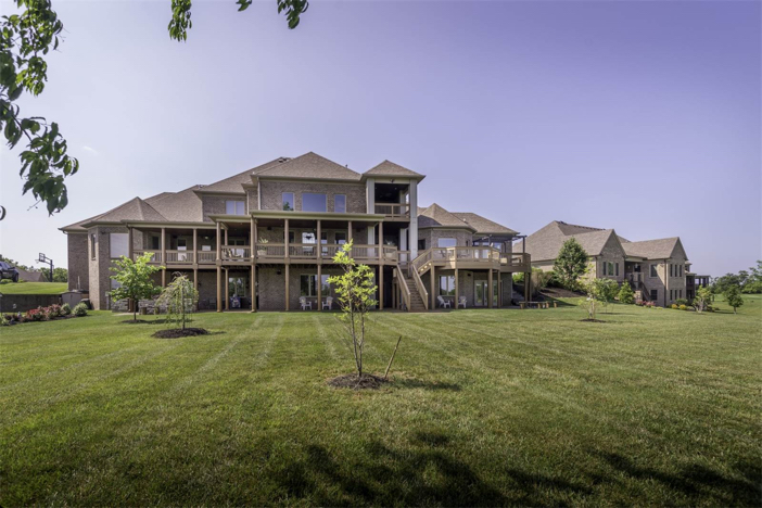 1-8-million-equestrian-country-home-in-nicholasville-kentucky-27