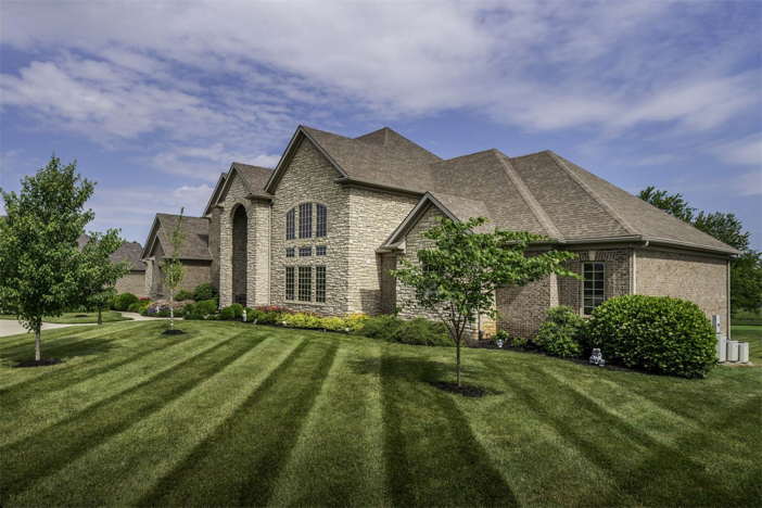 1-8-million-equestrian-country-home-in-nicholasville-kentucky-3