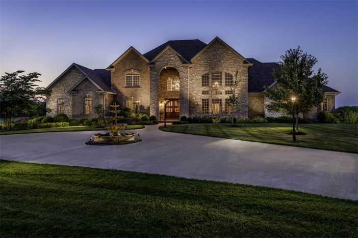 1-8-million-equestrian-country-home-in-nicholasville-kentucky
