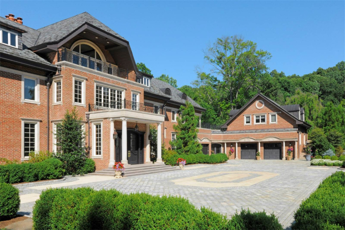 12-5-million-grand-traditional-mansion-in-greenwich-connecticut-23
