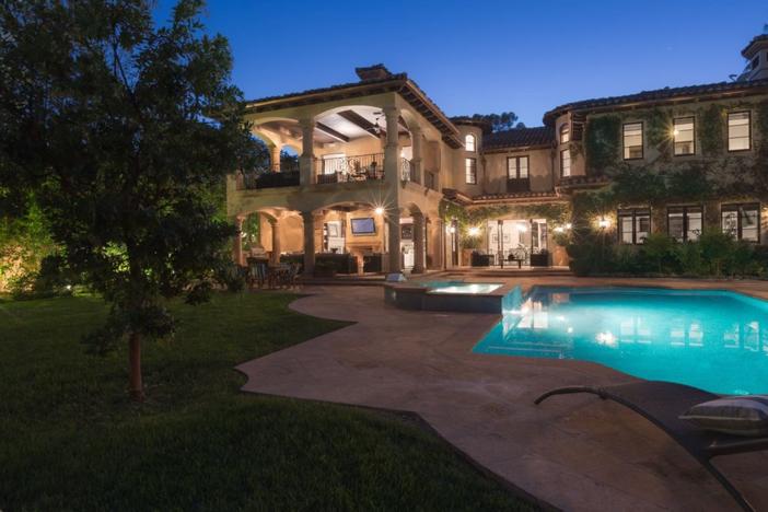4-9-million-mediterranean-mansion-in-encino-california-2