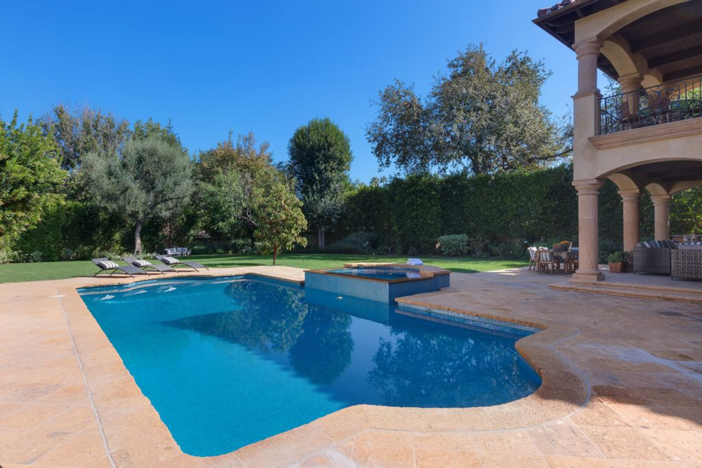 4-9-million-mediterranean-mansion-in-encino-california-22
