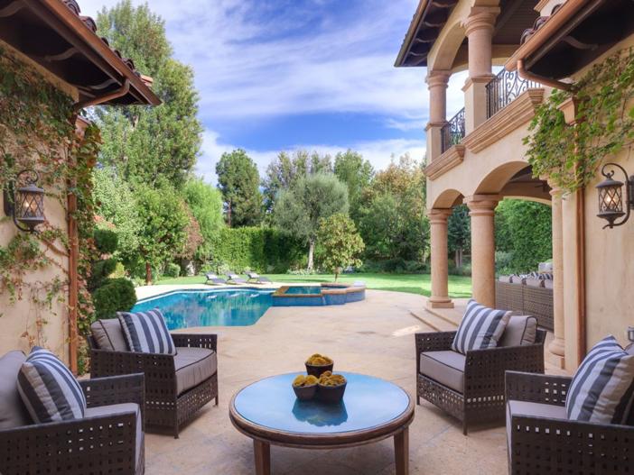 4-9-million-mediterranean-mansion-in-encino-california-28
