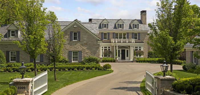 Estate of the Day: $8.3 Million Colonial Estate in Minnetonka Beach, Minnesota