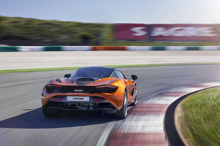 McLaren-720S-Track-Rear